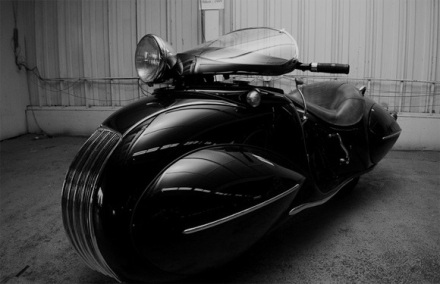 O. Ray Courtney's 1936 Custom Built K.J Henderson Motorbike